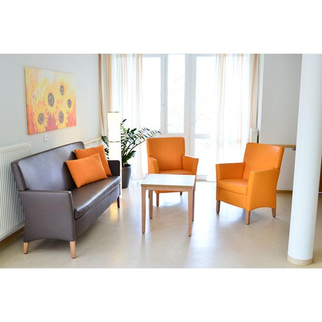 charlene sg referenz st.martin3OG 1 - Charlene Sitzgruppe Nieder- und Hochlehner