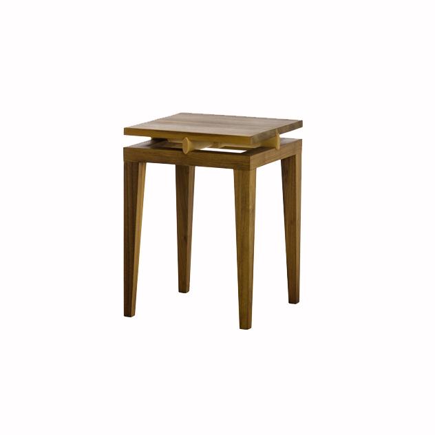 linus 0505 nussbaum - Tische