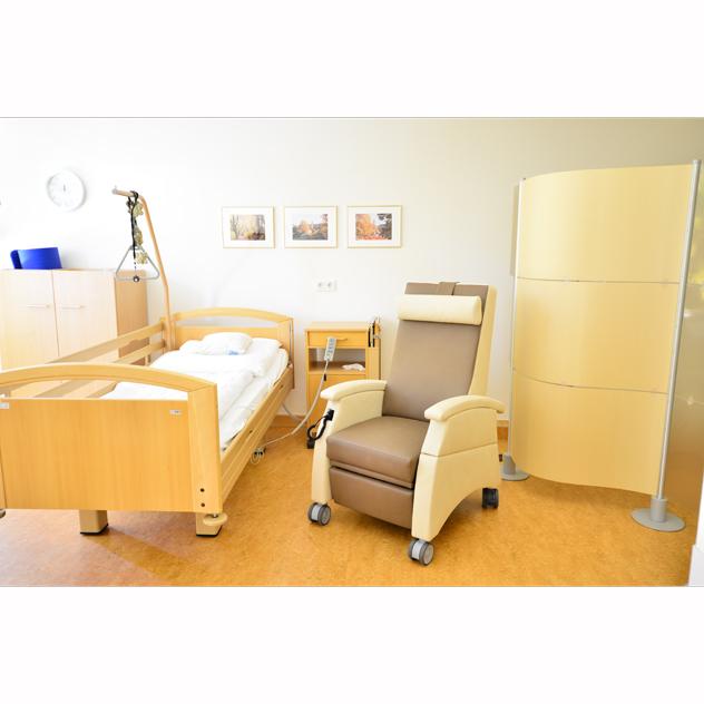 multicare 93513460r krankenzimmer - MultiCare Ruhessessel<sup>®</sup> mit Doppelmotor und motorischer Aufstehhilfe
