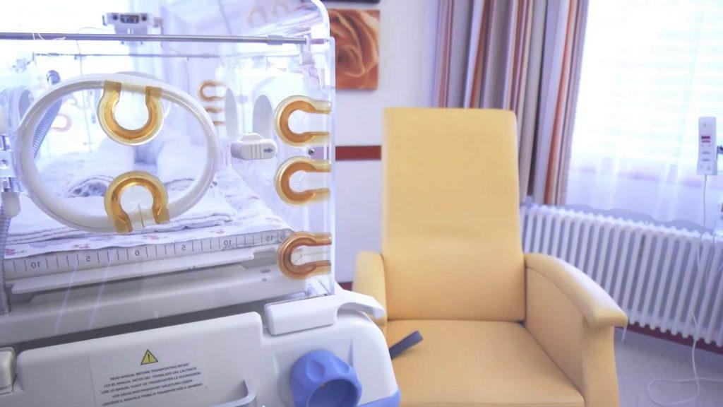 Ruhesessel für die Neonatologie 1024x576 - MultiCare 94502