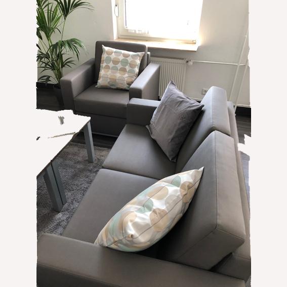 bella rb sofa2 sessel kl grau weiß - Bella Pflege-Sitzgruppe + Wohnlandschaften